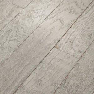 Hardwood Flooring in Pristine Colorway Wood