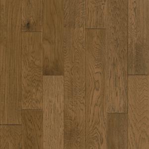 Hardwood Flooring in Bennet Colorway Hickory